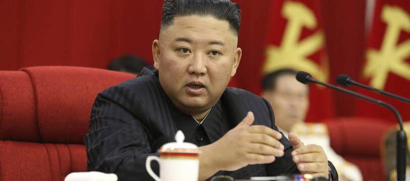 Le leader de la Corée du Nord, Kim Jong-un, d'une réunion plénière du Comité central du parti, le 18 juin 2021.