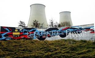 """Des militants de Greenpeace se sont introduits lundi matin dans la centrale nucléaire de Nogent-sur-Seine (Aube), a annoncé l'organisation écologiste, une """"intrusion"""" confirmée par la gendarmerie à l'AFP."""