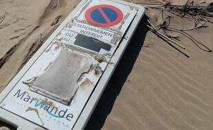 Ce panneau de la villed e Marmande a été trouvée par des gardiens du phare de Cordouan