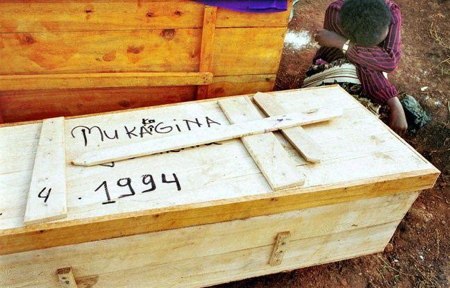 648x415 restes humains trouves fosse commune kigali apres genocide rwandais