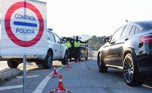 Les policiers espagnols ont interpellé l'homme après l'accident de son véhicule (illustration).
