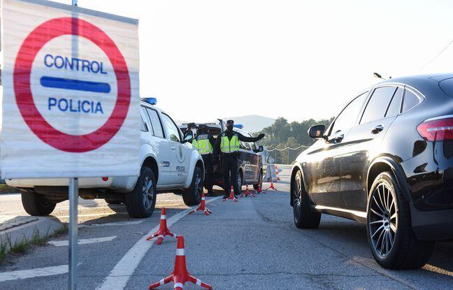 648x415 policiers espagnols interpelle homme apres accident vehicule illustration
