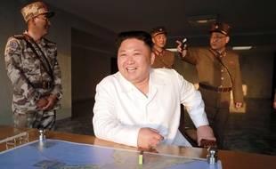 Photo de Kim Jong-un diffusée par l'agence officielle nord-coréenne, le 30 mai 2017.