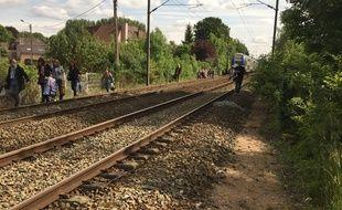 Voilà ce qui arrive quand un train rate l'arrêt en gare.