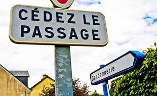 Un panneau de signalisation