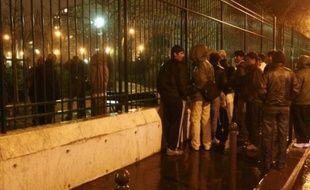Le square Villemin, à Paris, repaire pour exilés afghans
