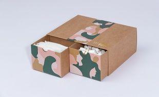 Parmi les marques proposant des protections menstruelles bio, Fava propose une box à recevoir chaque mois chez soi.
