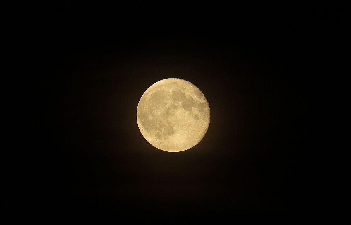 Illustration d'une nuit de pleine lune. – Xavier Francolon/SIPA