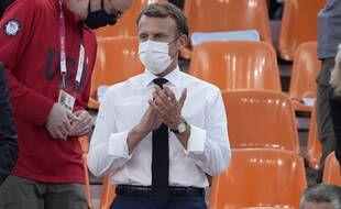 Emmanuel Macron a assisté à la défaite des Bleues face aux Etats-Unis en basket 3x3, le 24 juillet 2021 à Tokyo.