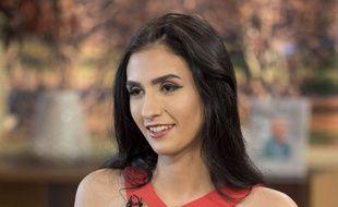 Agée de 18 ans, Alexandra Khefren a vendu sa virginité aux enchères sur Internet pour 2,3 millions d'euros.