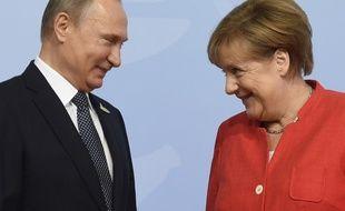Vladimir Poutine et Angela Merkel, photographiés le 7 juillet 2017 à Hambourg.