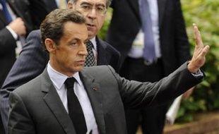 Deux Sénégalais ont été interpellés mardi en région parisienne dans le cadre du piratage du compte bancaire personnel de Nicolas Sarkozy et placés en garde à vue à la brigade criminelle à Paris, a-t-on appris de source proche du dossier, confirmant une information de RTL.