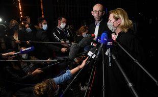 Les avocats de la famille Troadec, Olivier Pacheu et Cécile de Oliveira, réagissent après la condamnation d'Hubert Caouissin à 30 ans de réclusion, le 7 juillet 2021.