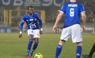 Le milieu du Racing Mayoro N'Doye lors de Strasbourg-SR Colmar (3-1), le 13 février 2015, au stade de la Meinau.