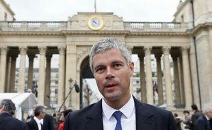 """L'ancien ministre UMP Laurent Wauquiez qualifie de """"criminelle"""" une augmentation de la CSG que pourrait décider le gouvernement dans le cadre de la réforme du financement de la sécurité sociale."""
