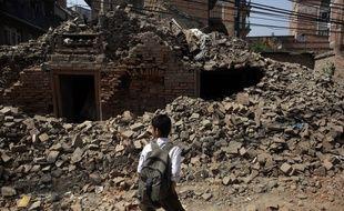 Les tremblements de terre des 25 avril et 12 mai ont fait 8.700 morts.
