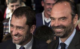 Le Premier ministre Edouard Philippe (D) et le nouveau délégué général de La République En Marche (LREM), Christophe Castaner , à Eurexpo Lyon, le 18 novembre 2017.