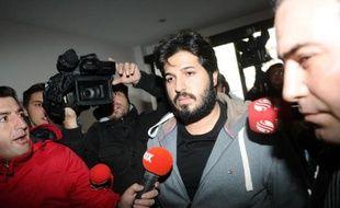 La justice turque, remise au pas par une vague de purges sans précédent, a remis en liberté vendredi les dernières personnes incarcérées dans le retentissant scandale de corruption qui fait tanguer le Premier ministre Recep Tayyip Erdogan.