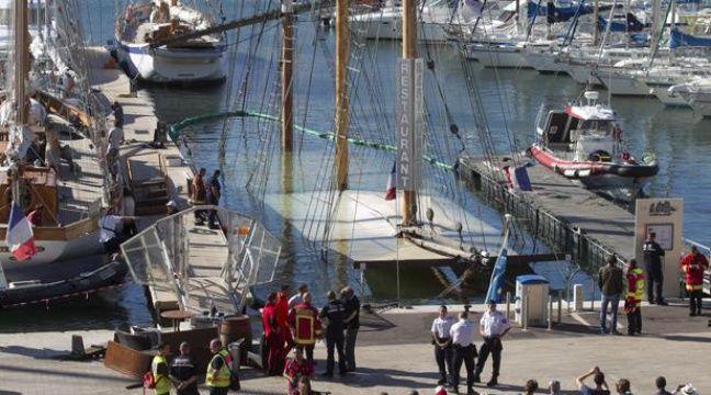 Un bateau restaurant coule dans le vieux port - Au vieux port marseille restaurant ...