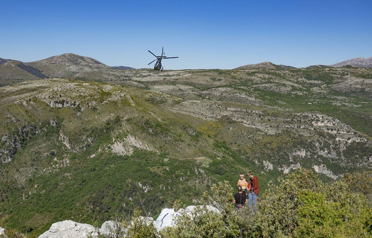 La slackline installée à Saint-Jeannet mesurait 1.600 mètres, la plus longue au monde.  – E. Barnabé