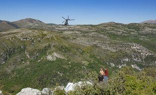 La slackline installée à Saint-Jeannet mesurait 1.600 mètres, la plus longue au monde.