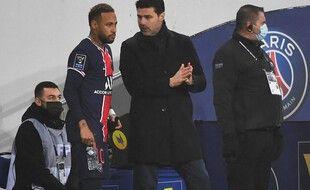Neymar devrait reprendre les entraînements avec le groupe cette semaine.