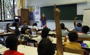 Une enseignante dans une école parisienne le 4 septembre 2017.