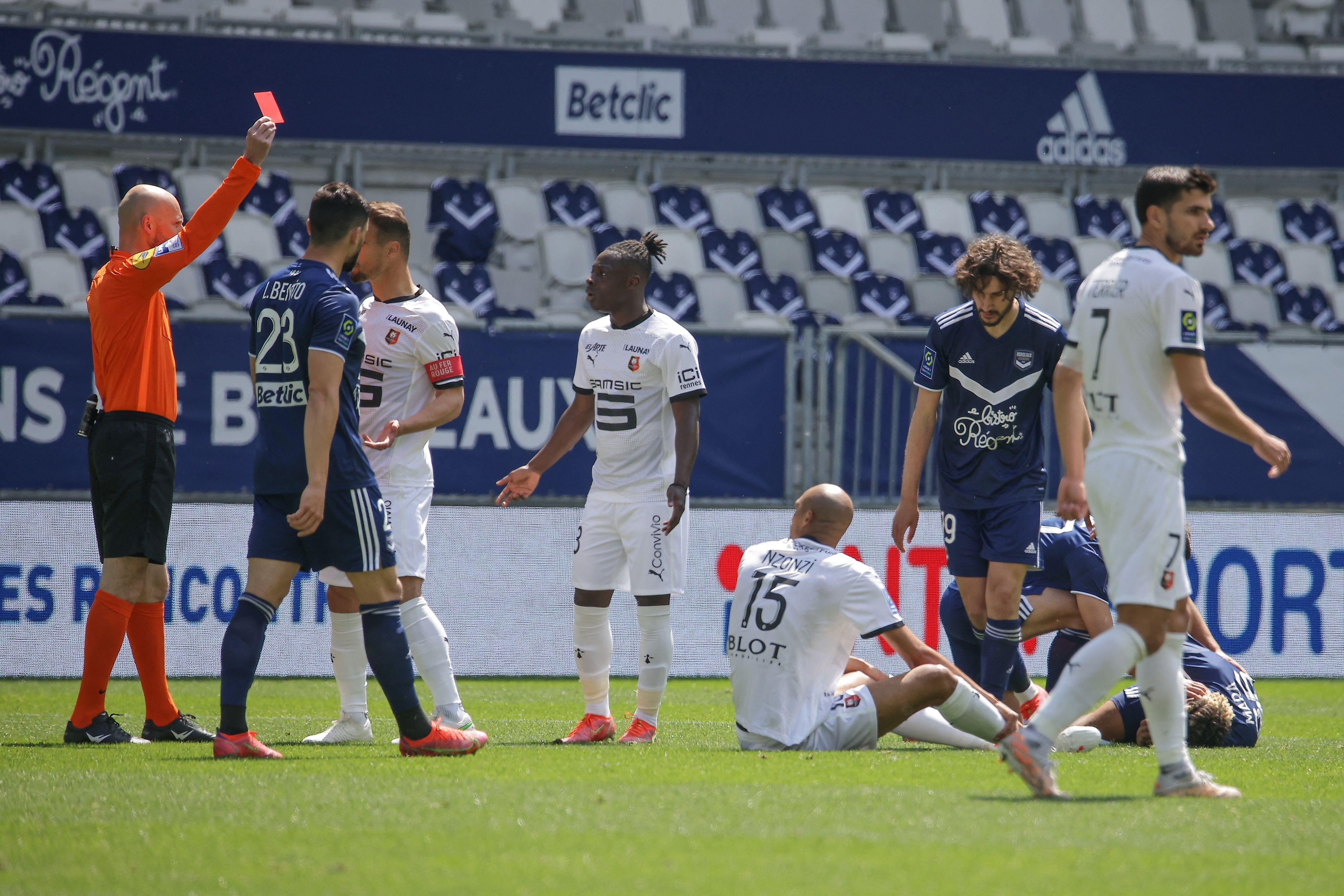 Le Stade Rennais a joué à 10 presque tout le match après l'expulsion Nzonzi.