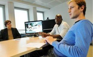Jules, Eric et Adrien (de g.à dr.) ont visionné le premier épisode du documentaire, hier.