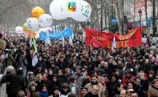 Manifestation des fonctionnaires à Paris en janvier 2010 contre les suppressions de poste.