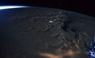 L'astronaute américain Scott Kelly a posté sur Twitter quelques photos de la tempête Jonas prises depuis l'espace, à bord de l'ISS.