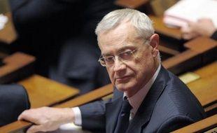 """A 69 ans, l'ancien ministre Jean-Louis Bianco, actuel président PS du conseil général des Alpes-de-Haute-Provence, a annoncé jeudi qu'il arrêtait la politique, une décision saluée par Ségolène Royal, dont il est proche, comme """"le geste d'un homme libre""""."""