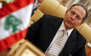 La séance parlementaire prévue au Liban pour l'élection d'un président vendredi, dernier jour du délai constitutionnel pour cette procédure, a été reportée, a déclaré jeudi à l'AFP Solange Gemayel, une députée de la majorité parlementaire antisyrienne.