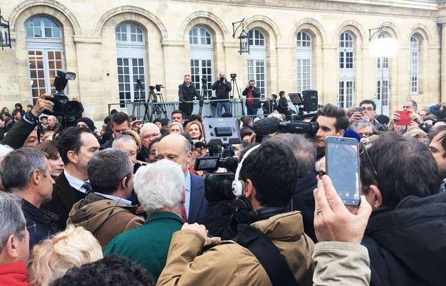 Plusieurs centaines de Bordelais sont venus dire au-revoir à leur maire Alain Juppé