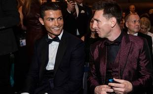 Ronaldo et Messi pendant la cérémonie du Ballon d'Or
