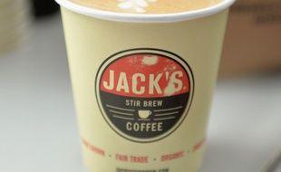 Un café, provenant du  Jack's Stir Brew Coffee , à New York, le 15 mai 2017.