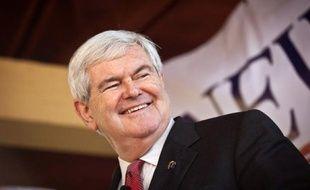 Newt Gingrich, un des favoris pour l'investiture républicaine pour la présidentielle américaine de 2012, et Rick Perry, n'ont pas soumis le nombre de signatures requis pour se présenter à la primaire, cruciale, de Virginie (est), a annoncé le parti républicain samedi.
