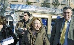 La maire UMP sortante d'Aix-en-Provence, Maryse Joissains, pendant la campagne pour les élections municipales en février 2008.