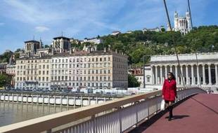 La passerelle enjambant la Saône et menant au palais de justice de Lyon, le 27 mai 2013