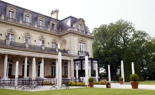 Reims (Marne), le 22 juillet 2005. Le Château Les Crayères où Nicolas Sarkozy a dormi en septembre.