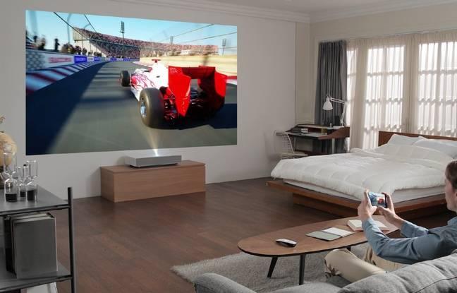 Le projecteur CineBeam de LG, présenté au CES 2019.