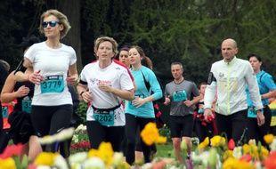 Les coureurs du premier Rennes Urban Trail ici dans le parc du Thabor.