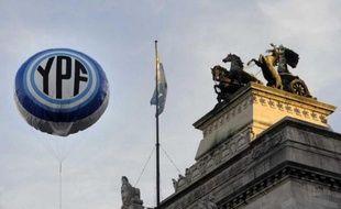 Le groupe pétrolier espagnol Repsol analysera mercredi, en conseil d'administration, une proposition du gouvernement argentin pour régler leur conflit après la nationalisation en 2012 de sa filiale YPF, a-t-on appris lundi de source industrielle.