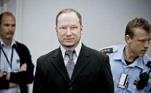 Anders Behring Breivik, dont la santé mentale fait question, jubilait en tirant sur les jeunes rassemblés sur l'île d'Utoeya, a affirmé mercredi une rescapée de la fusillade dans laquelle 69 personnes ont péri l'an dernier en Norvège