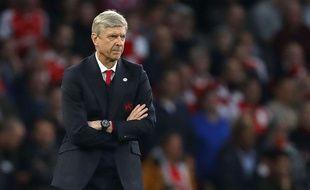 Arsène Wenger sur le banc d'Arsenal lors de la rencontre face à Lincoln City en FA Cup.
