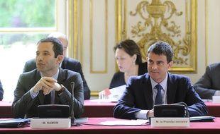 Benoît Hamon, ministre de l'Education, et Manuel Valls, Premier ministre, le 30 mai 2014