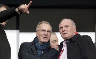 Karl-Heinz Rummenigge (à gauche) et Uli Hoeness, les dirigeants du Bayern Munich.