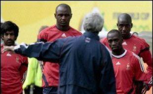 L'équipe de France, qui s'est contentée du strict minimum contre la Suisse (0-0), doit prouver qu'elle possède d'autres armes dans sa panoplie pour espérer gagner son premier match au Mondial-2006 de football, dimanche à Leipzig (est) devant la Corée du Sud, leader du groupe G.