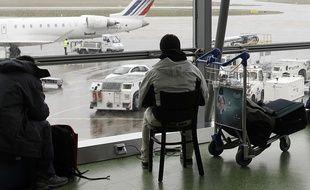 Illustration d'un passager à l'aéroport de Lyon-Saint-Exupery