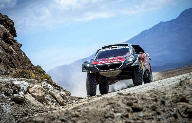 La Peugeot de Sébastien Loeb, sur le Dakar 2016, en Bolivie.